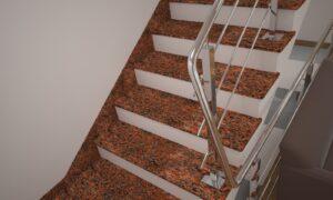 Плинтус для лестницы из Лезниковского гранита