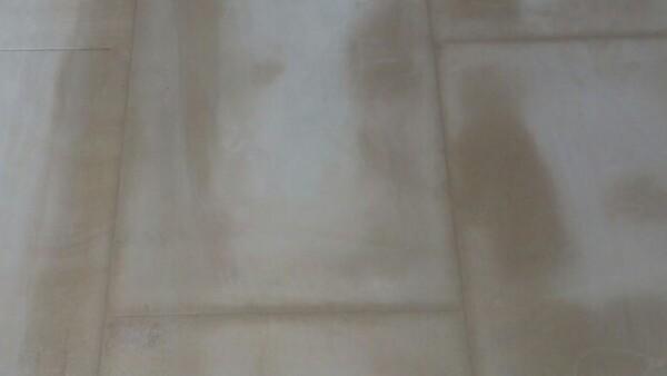 Обработка швов плитки из песчаника