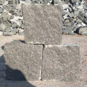 Колота бруківка з каменю Габро розміром 10x10x5 см