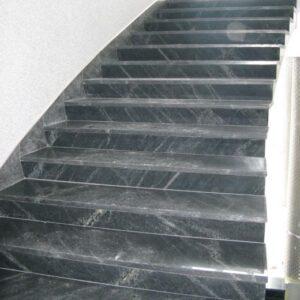 Сходинки з сірого граніту Pantera Grey