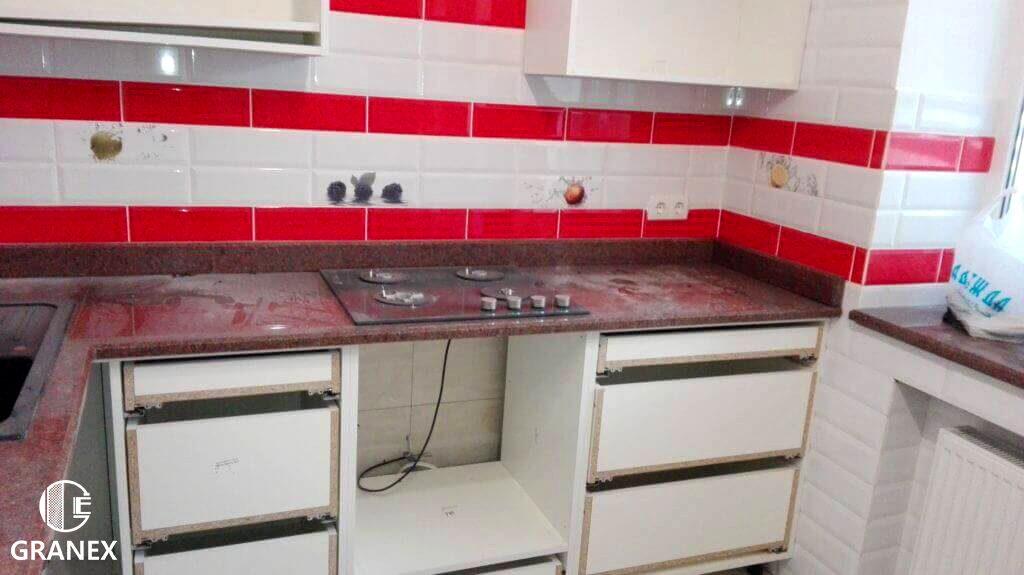 Стільниця з граніту для кухні
