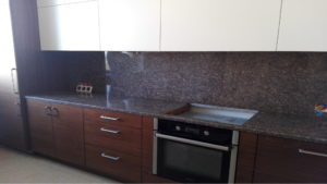 Кухня - стільниця з каменю Star of Ukraine