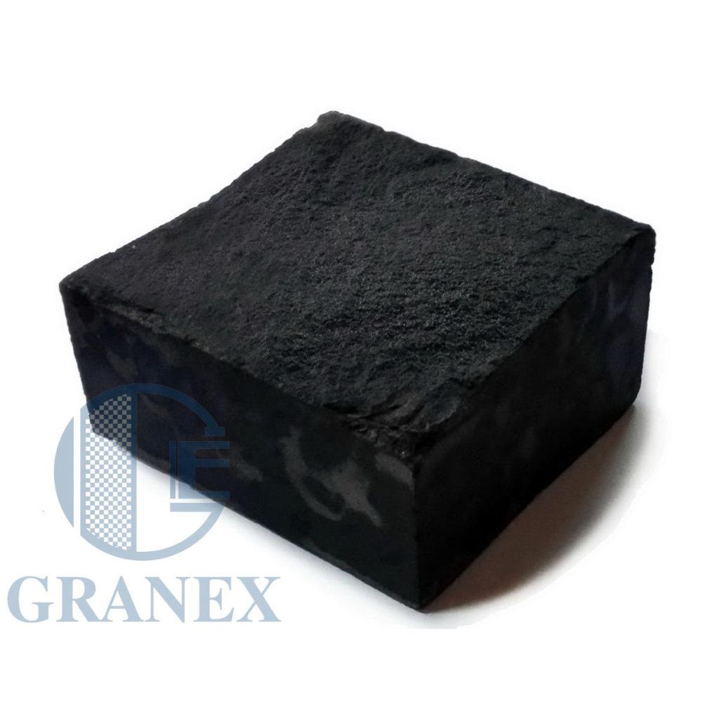 Брусчатка базальтовая чёрная (пилено-колотая)