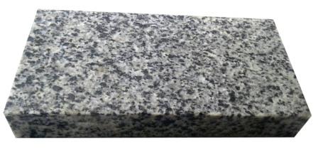 бруківка гранітна пилена Grey Ukraine 20x10см