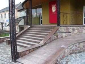 Гранитная лестница