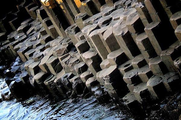 Базальтовые столбы