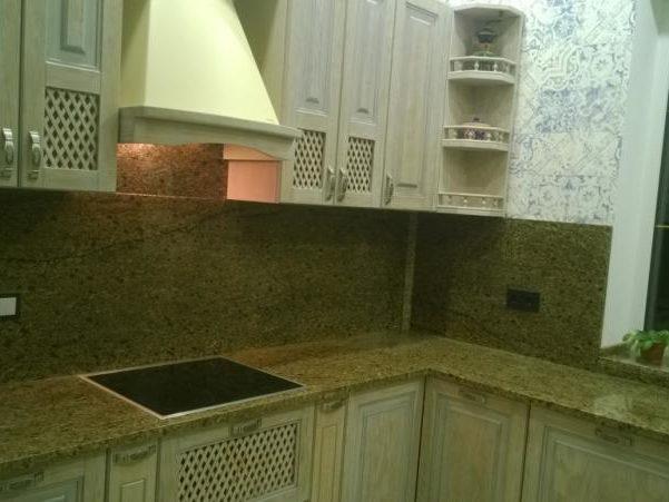 Фартух на кухню з натурального каменю