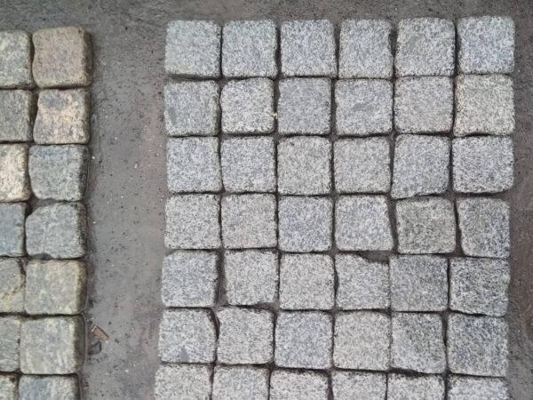 Галтованная брусчатка из Покостовского гранита 10х10х3 см