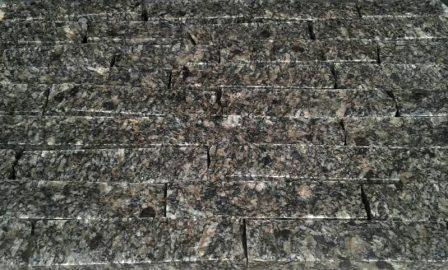 Колотая гранитная плитка (соломка, лапша) из Софиевского камня
