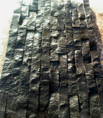 Колотая плитка-соломка из базальта