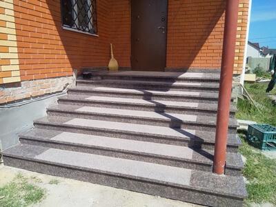 Лестница из гранита Дидковичи
