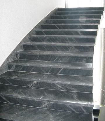 Лестница из серого гранита Pantera Grey