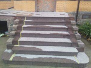 Лестница из Токовского гранита - объект целиком
