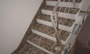 Плинтус для лестницы из Дидковичского гранита