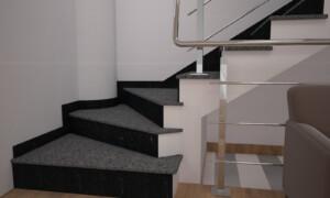 Лестница из Покостовского гранита и габбро с сапожком