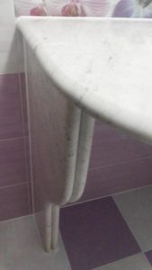 Столешница из белого мрамора