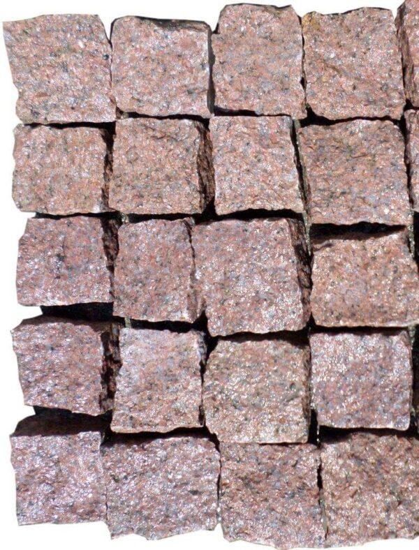 Колота бруківка з червоного Кишинського граніту 10x10x5 см