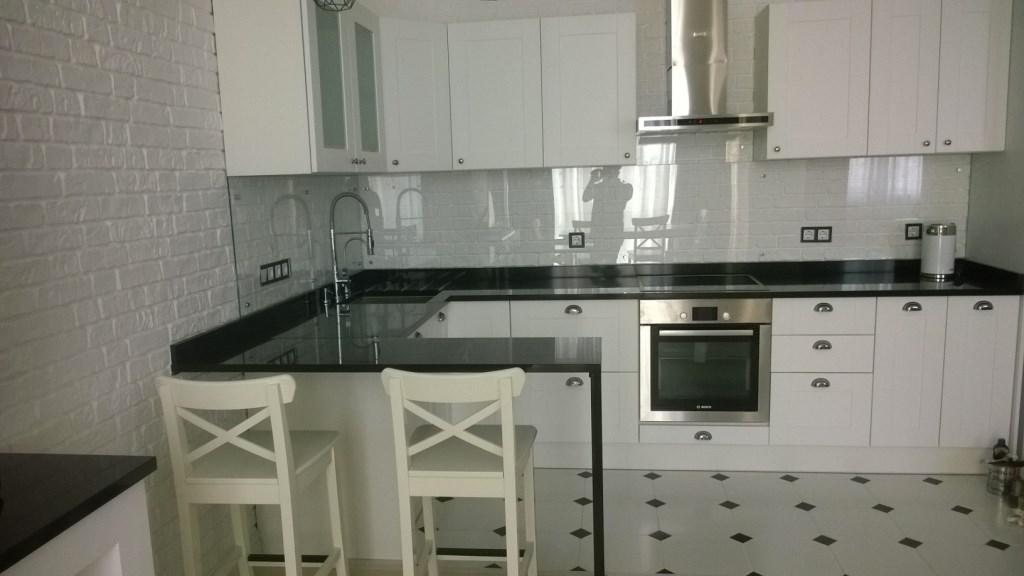 Столешница для кухни производства GRANEX