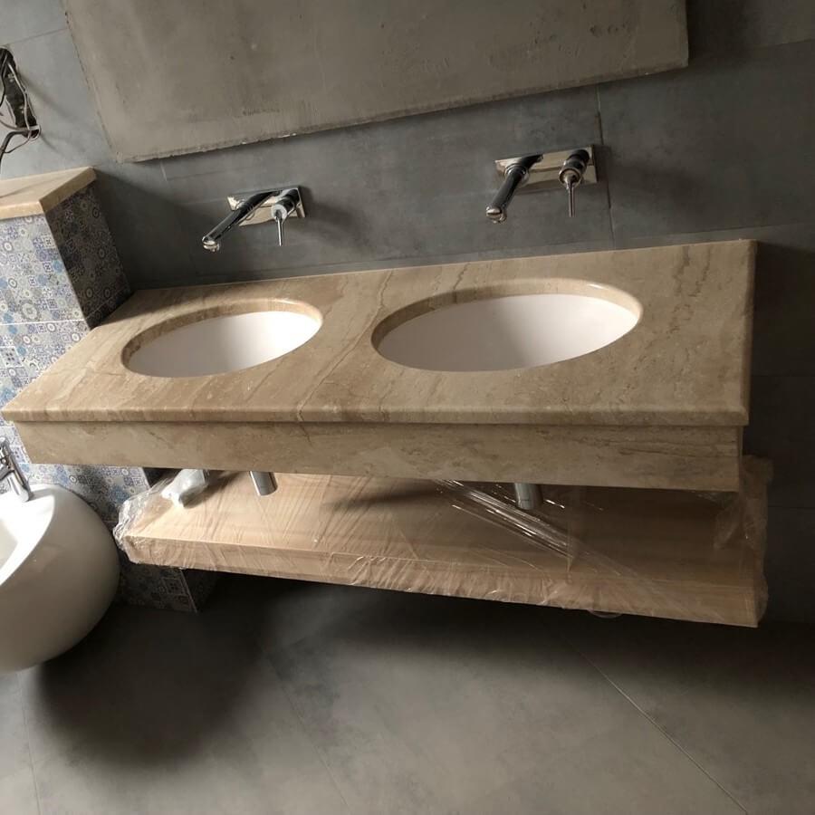 Стільниця з вирізами під раковини з мармуру Daino Reale