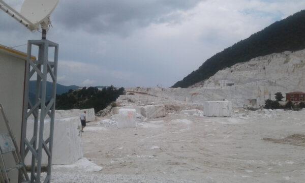 Мраморный карьер Volakas в Греции