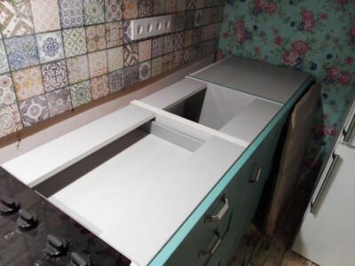 Замеры кухонной мебели перед установкой столешницы из лабрадорита (ящики)